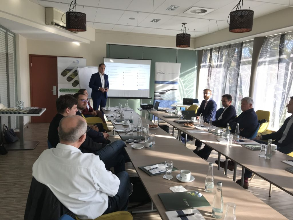BusinessBreakfast_FORDATA_07112018